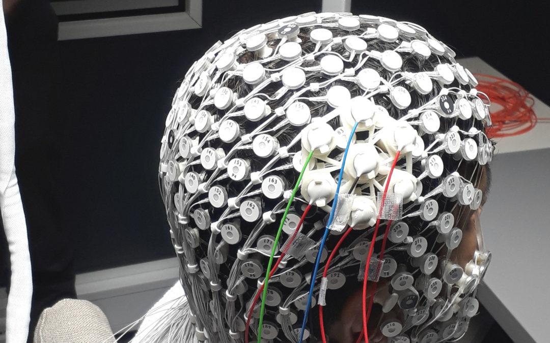 Concurrent tACS-EEG